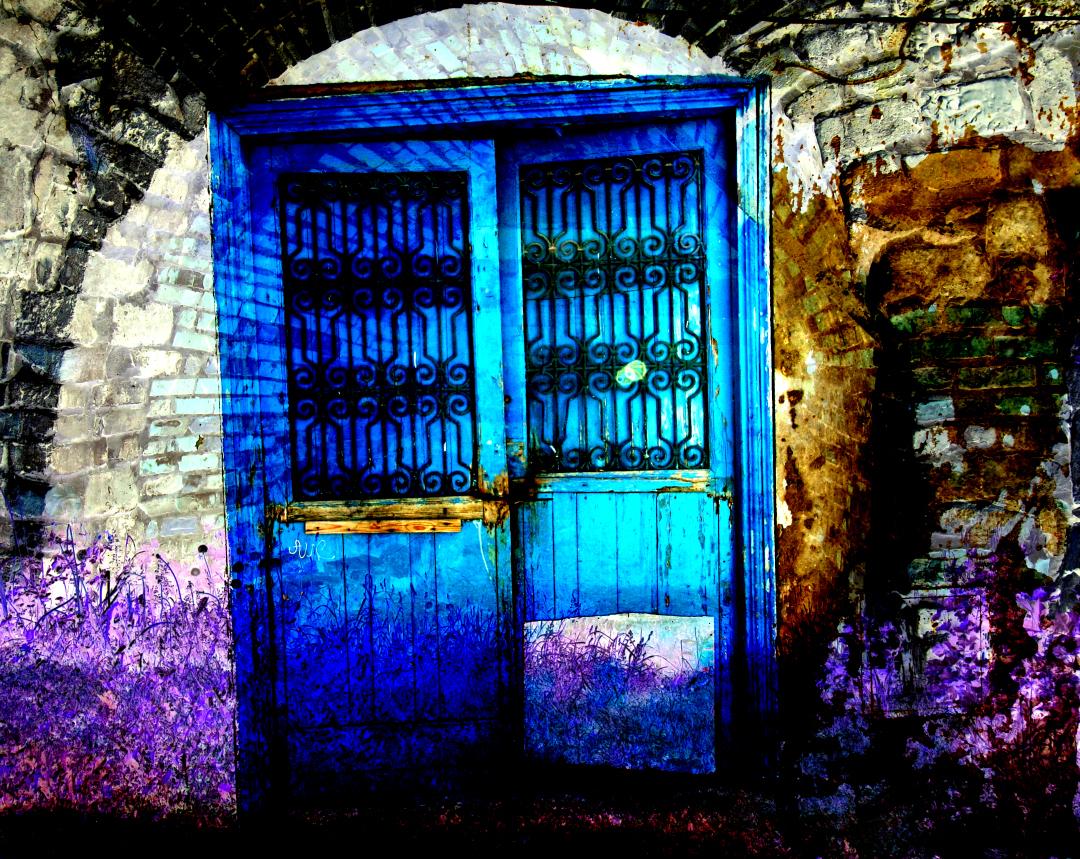 Doors and Windows Art Present